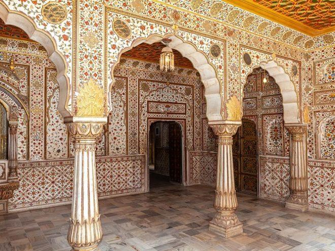 Jaipur 02N - Bikaner 01N - Jaisalmer 02N - Jodhpur 01N - Mt. Abu 02N - Udaipur 02N