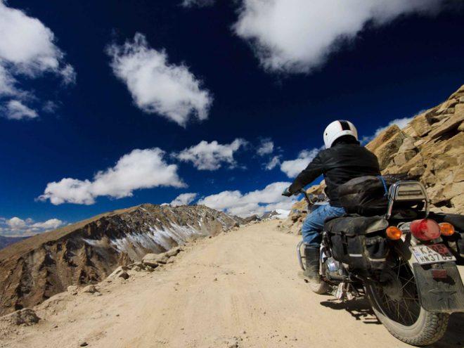 Manali-Leh Ladakh-Manali Adventure Bike Tour