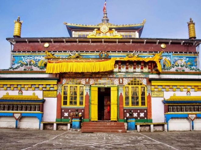 Bagdogra- Phuntsholing- Thimpu- Paro- Phuntsholing- Darjeeling- Gangtok-Bagdogra