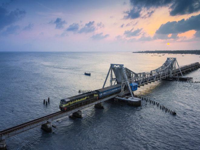 Chennai - Madurai - Rameshwaram - Kanyakumari - Kovalam - Kumarakom - Thekkady - Munnar - Cochin